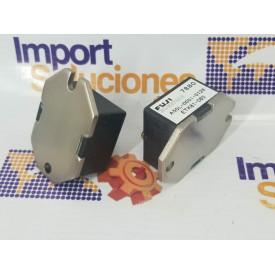 GABINETE COMPACTO 19 X20 5 RU -CR NEGRO